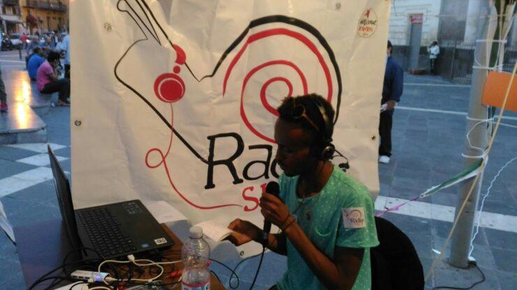 Continua il laboratorio di Web Radio a Milazzo.  La prima puntata di Radio Famiglia